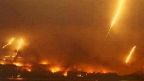 yallair7al:  The sky over Qusayr, Homs (Syria) last night as Asasd / Hezbullah & Iranian forces continued their barbaric assault on the small town.  @TheMoeDee