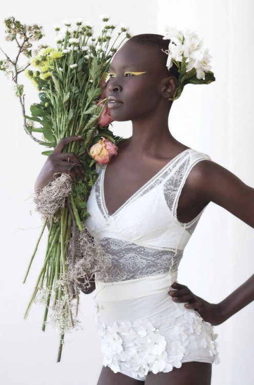 leahcultice:   Alek Wek for As If Magazine