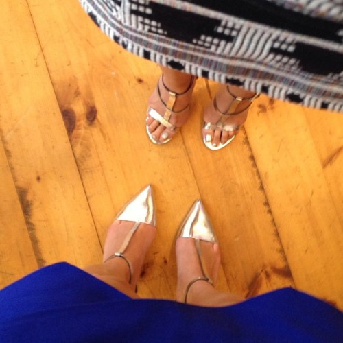 Metallic twinsies @damechic_jae // #zara #metallic #tstrap #sotd #ootd #silver #pumps #heels #shopping