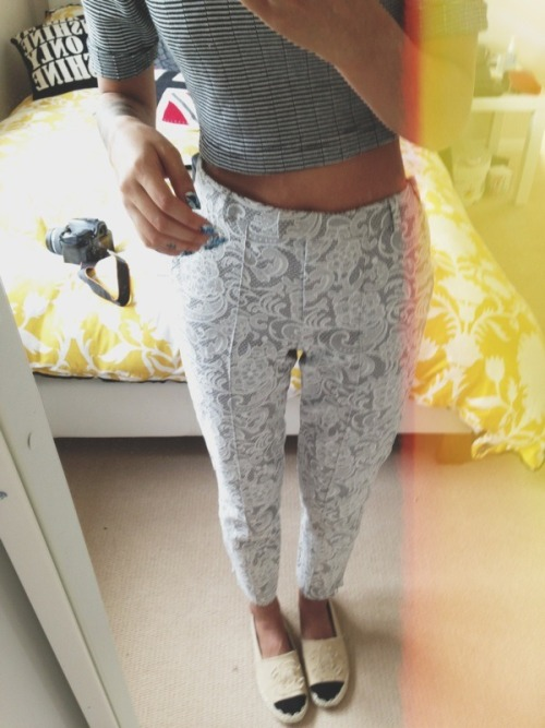 ceedubbb:  Lace pants are great