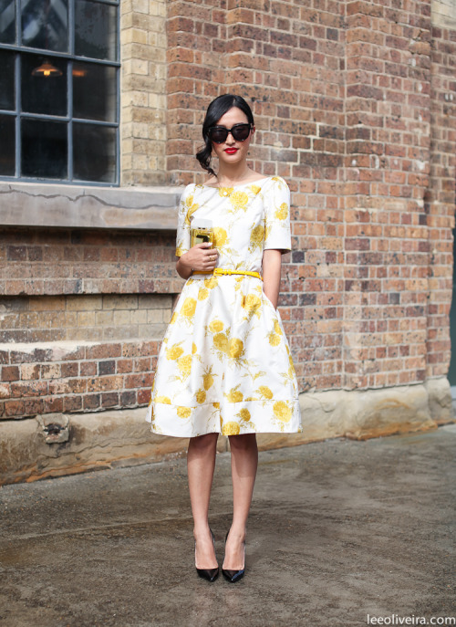 I'm more than ready to break out my spring florals  Street Style Sydney via www.leeoliveira.com