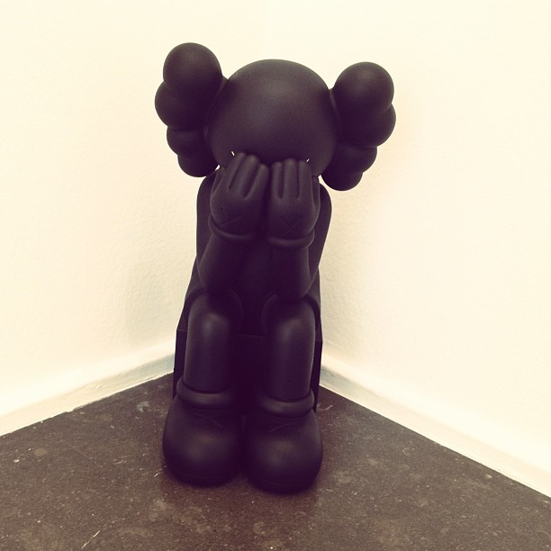 coletteteam:  New friend & available now in shop ;-) KAWS Passing Through Companion. #colette #colettestore #kaws @kawsstudio