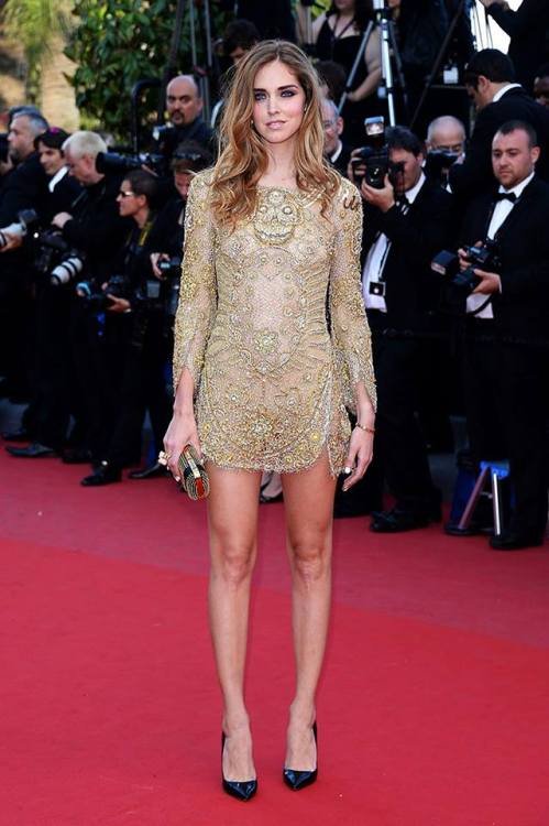 thefcollectionnews:  Cannes 2013: The blogger Chiara Ferragni using an Emilio Pucci sexy mini dress.