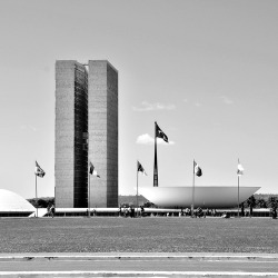R.I.P. Oscar Niemeyer, master of architecture.