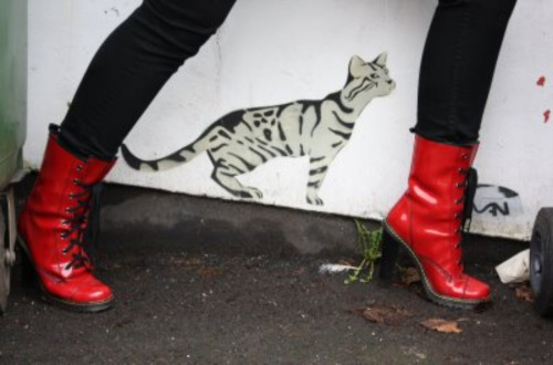 I'm not sure if I like the boots or the stencil more!:) (via dirtylittlestylewhore)