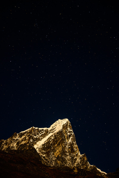 h4ilstorm:  Himalayan night sky (by J W CRUX)