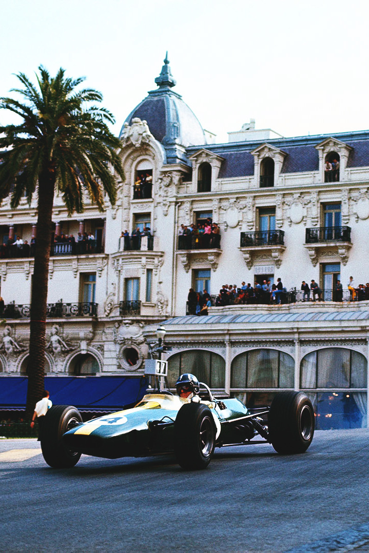 Monte Carlo Rally passing by L'Hotel de Paris in Monaco.