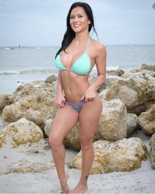 fit body fit babe fit women bikini bikini body bikini babe brunette brunette beauty brunette bombshell beach body beachbody