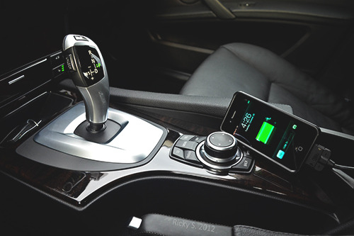 johnny-escobar:  BMW x Apple