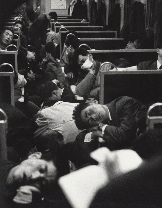 theniftyfifties:  People sleeping on a night train in Japan, 1964. Photo by Nicolas Bouvier.