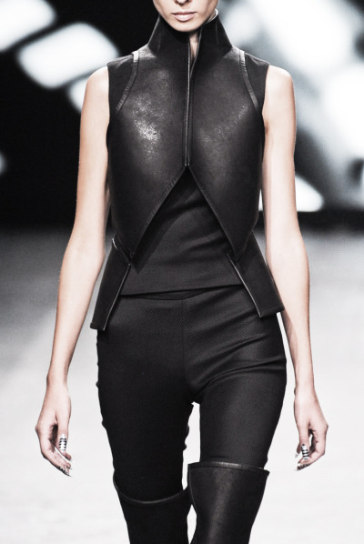 edge-to-edge:  Gareth Pugh spring / summer 2012