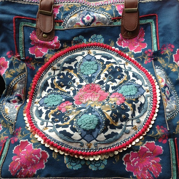 Another one of my #embroidery #art #bags this one's from @accessorizeph