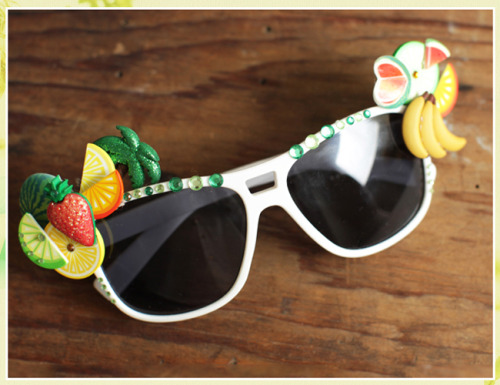 DIY summer shades via Threadsence