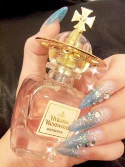 Gyaru Vivienne Westwood stiletto nails gyaru nails agejo deco nails
