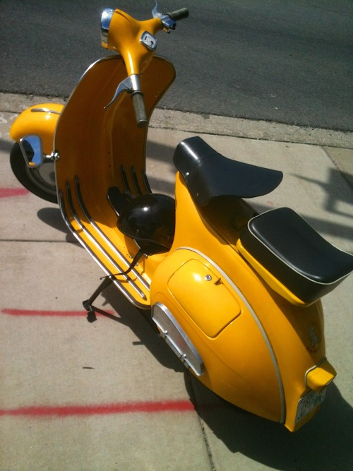 kenomatic:  A friend's ride from the ScootNashville gang