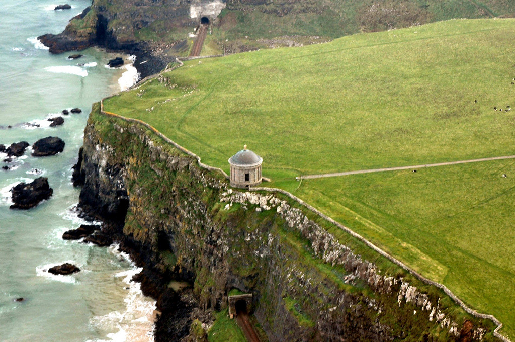 -cityoflove:  Mussenden Temple, Northern Ireland via MarsW