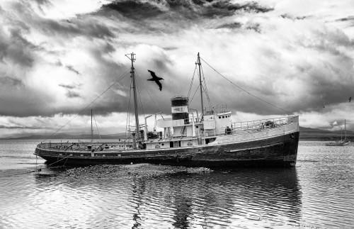 worldwideexplorers:  Shipwrecks at the End of the World.