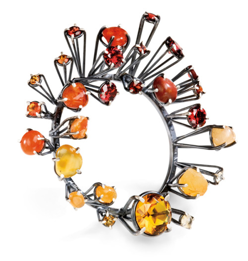 Joanna Gollberg Reds to Yellow Brooch Sterling silver, semiprecious stones; fabricated, oxidized, facetedhttp://www.joannagollberg.com/ featured in 500 Gemstone Jewelshttp://bit.ly/11OJtNb