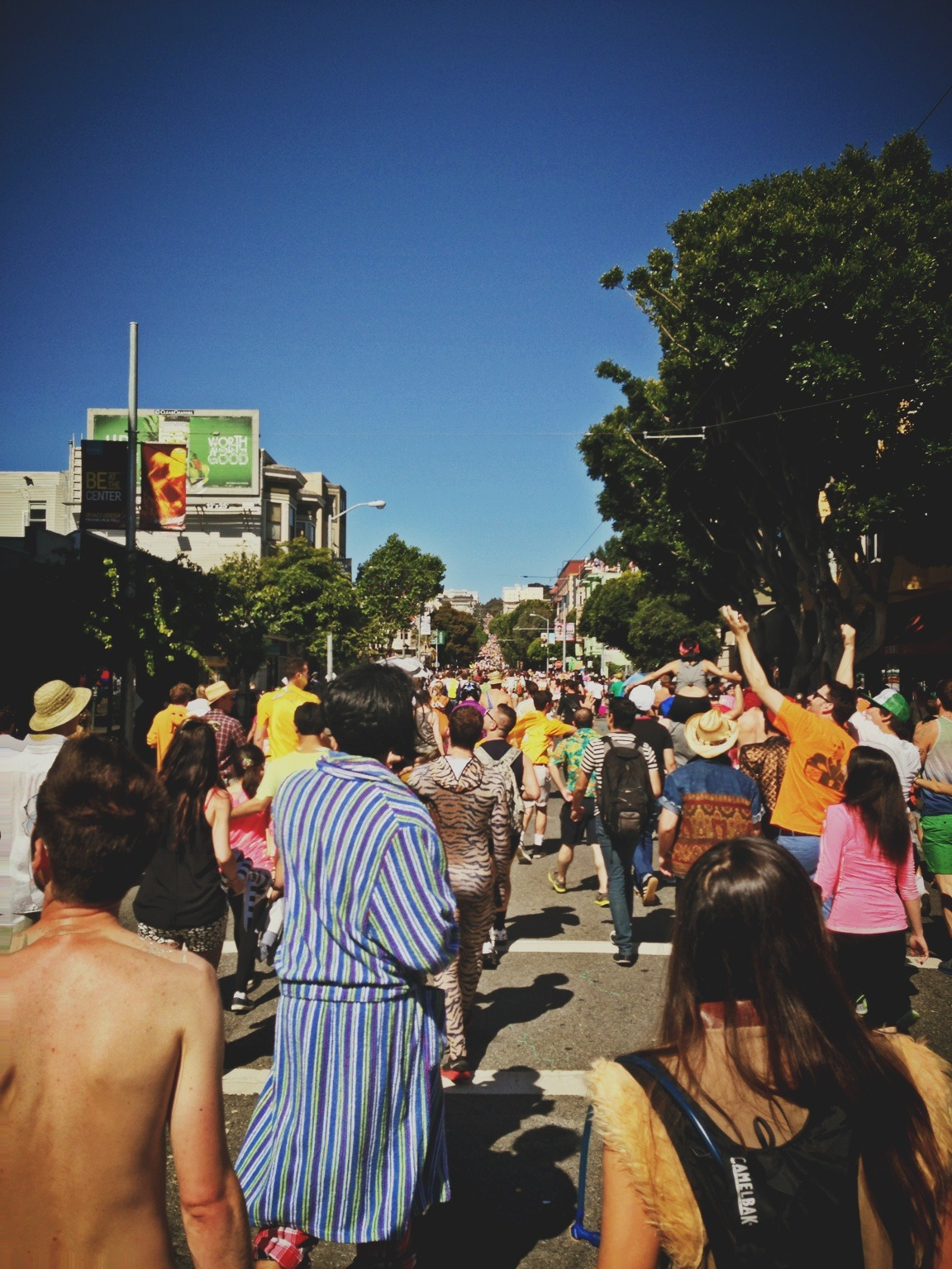 Bay to Breakers. Best party in San Francisco all year. – View on Path.
