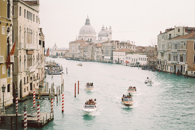 smallcutsensations:  Venezia, février 2013 by Marine Beccarelli on Flickr.