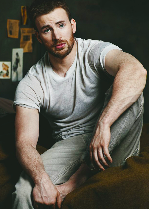 perfectlymale:  Chris Evans
