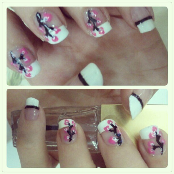 New nail art draw it by me :)