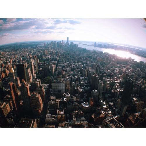 📍Empire State Building #newyork #empirestatebuilding #heartofnyc #goodytravels  (at Empire State Building 86th floor observatory)
