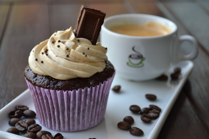 i-like-it-hear-beside-you-dear:  Mochaccino Cupcakes ~ analage
