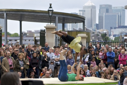"Mimbre: ""Falling Up"" Greenwich & Docklands International Festival, London 2012 © Ray Gibson"
