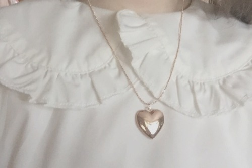rosey-ballerina: Locket filled with dreams