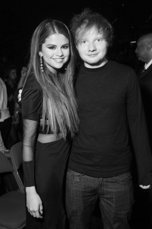 senyahearts:  Selena & Ed - Billboard Awards  IS THIS FUCKING REAL my feels