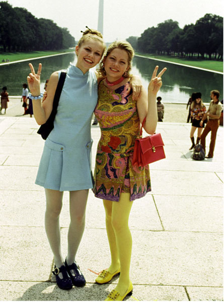 fuckyeahhotactress:  Kirsten Dunst and Michelle Wiliams