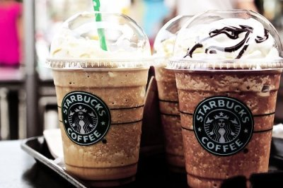 starbucks. *-* | via Tumblr on We Heart It - http://weheartit.com/entry/59947922/via/thomasine_chadare   Hearted from: http://kaca123.tumblr.com/post/49186601113