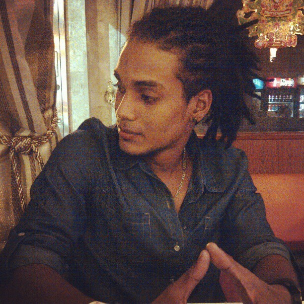 Just chillin'… #Scruffy #rastafari #DenimShirt #MistaRen #TeamTrini