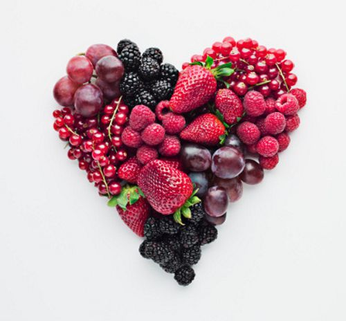 Fruit forming heart-shape (by Martin Barraud)