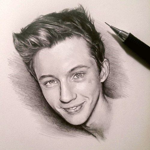 Jessica Barraclough, Pencil drawing of Troye Sivan :)