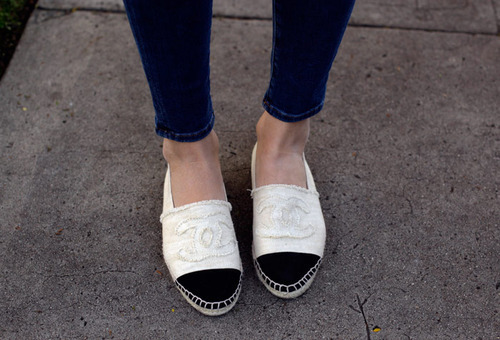 I have been obsessing over these Chanel Espadrilles for some time now. It seems that almost everything blogger I follow has a pair. They are so cute and casual that they would be perfect with just a tee and jeans for Spring. Unfortunately, these babes are going to have to remain on my wish list. And by wish list I mean 'never going to have because I don't have that kind of money.' I guess I'll just have to resort to living vicariously through my favorite fashion bloggers.
