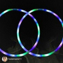 quite a lovely pair of #luna #minihoops @hoolamaster11💖💖 the fantastic hoop journey begins! ✨💫🌠💖 #mhluna #lunamoodhoop #minis #moodhoops #hoopersofinstagram #ledhoops #hooplove #hoopla