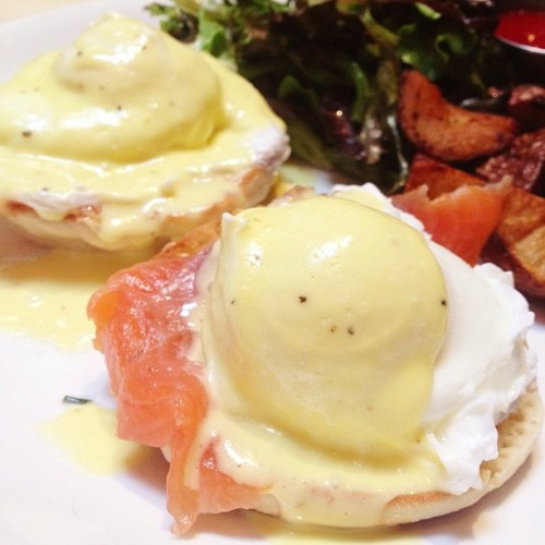 Nova Eggs with Smoked Salmon & Hollandaise for Brunch (at Elmo Restaurant and Lounge, NYC by Plaintruthiness)