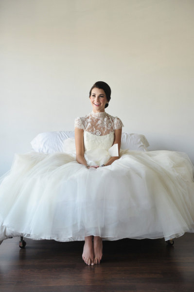 Ballet-inspired bridal look from Stylemepretty.com