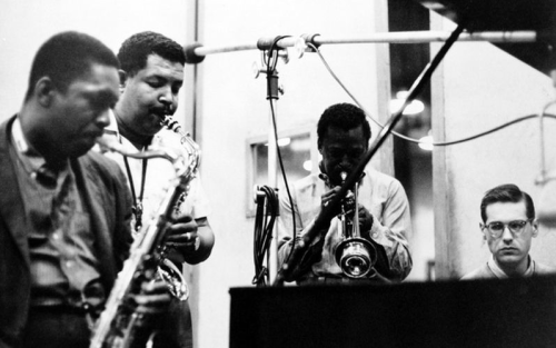 "kvetchlandia:  Uncredited Photographer     John Coltrane, Cannonball Adderley, Miles Davis and Bill Evans, Recording Sessions for Miles Davis' ""Kind of Blue"" Album, New York City      1959"