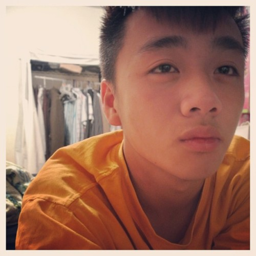 wtfitsseanlauj:  Boredom caught me again! #SeanLauj #asian #chingchong #GTO #cute #Boredom #Hmong