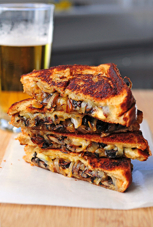 Grilled Cheese with Gouda, Roasted Mushrooms and Onions (x)