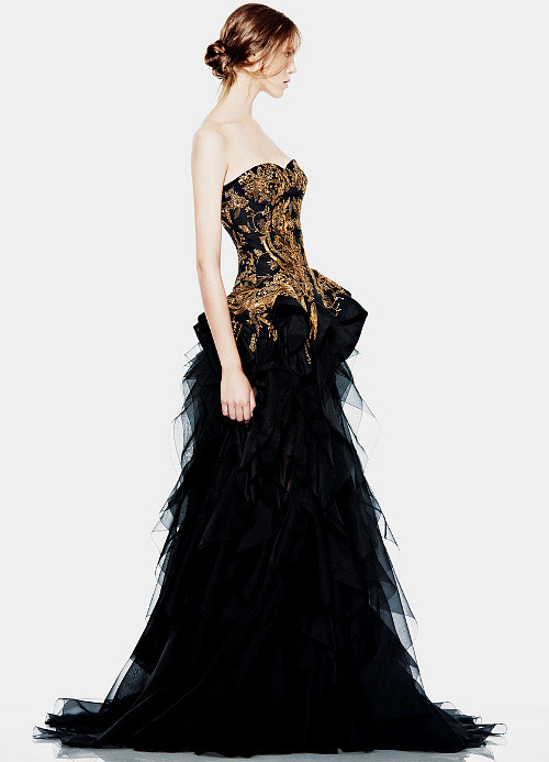 she-loves-fashion:  SHE LOVES FASHION: Alexander McQueen Cruise Resort 2012