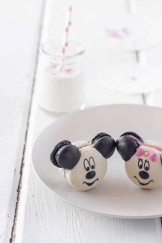 mickey and minnie mouse macarons.