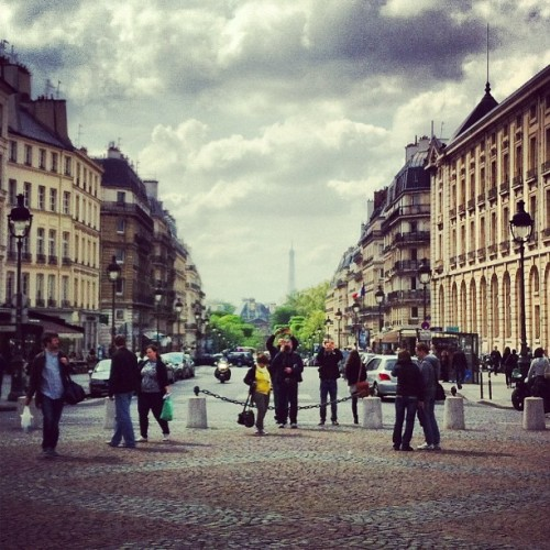 girlwithasilverspoon:  #paris #iheartparis #skyline #cobblestone #quaint #clouds #france #europe #wanderlust #travel