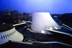 gallowhill:  Centro Cultural de Le Havre - Le Volcan, France,1972 by architect Oscar Niemeyer