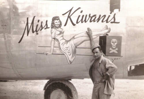 44-40431, 90th BG, 319th BS, Miss Kiwanis
