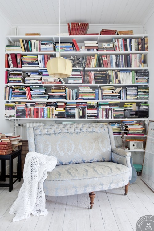 books, books and more books! (via The Hometrotter)