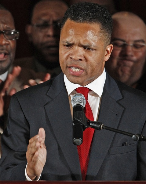 Jesse Jackson Jr. charged with misusing $750,000 in campaign funds Prosecutors on Friday filed criminal fraud and conspiracy charges against former Chicago Rep. Jesse Jackson Jr., accusing him and an unnamed co-conspirator of misusing $750,000 in campaign funds.  Read the complete story.